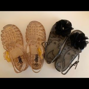 Lot of 2 pair jelly shoes size 9/10 toddler